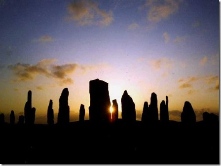 Callanish_Standing_Stones_-_Midsummer_Sunset_-_geograph.org.uk_-_367887